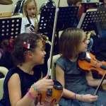 Jeune violoniste de l'école de musique et harmonie Sainte Cécile